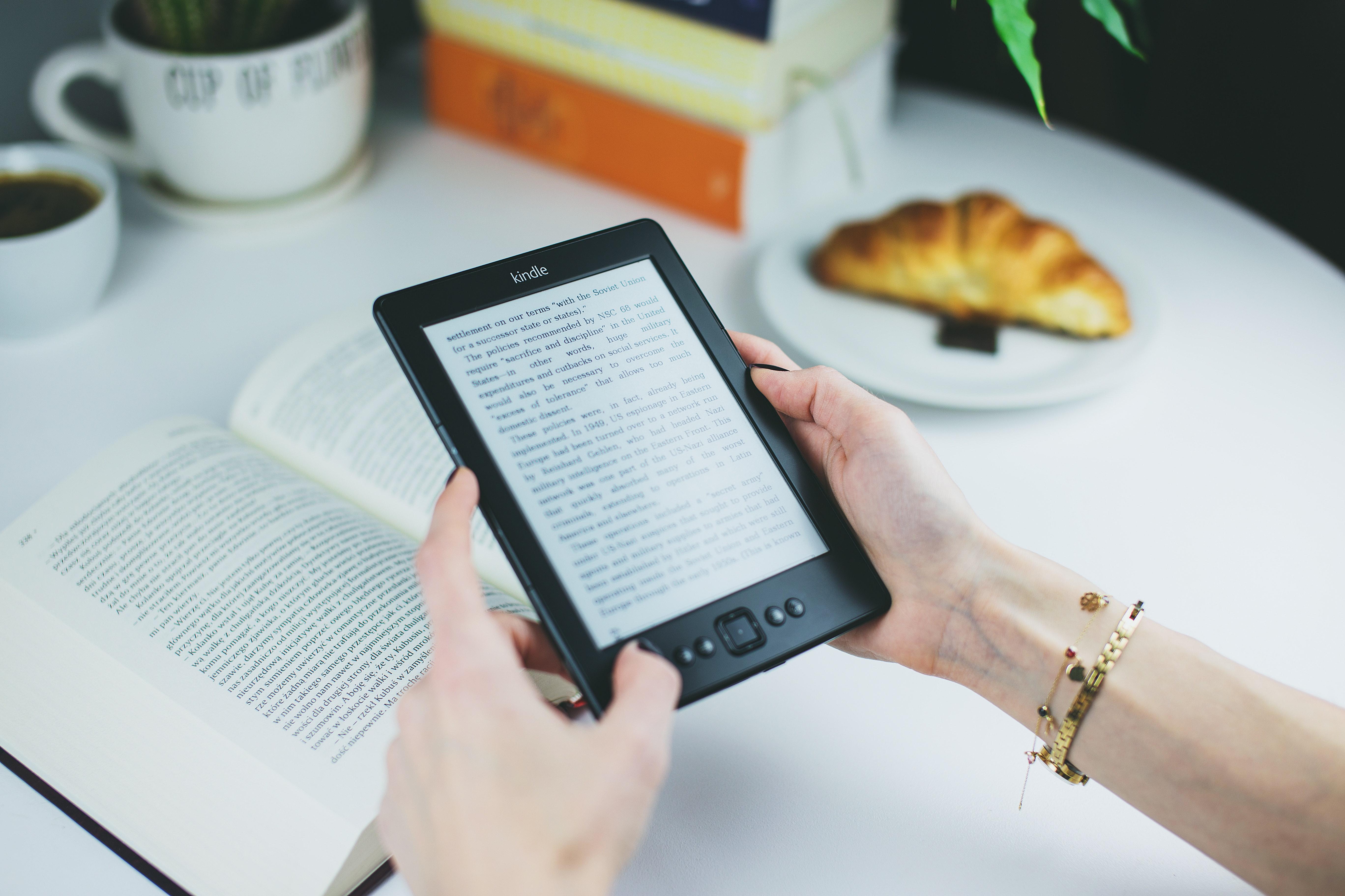 talbet for reading books